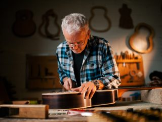Meet The Builder: George Lowden von Lowden Guitars